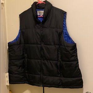Woman's plus size puffer vest